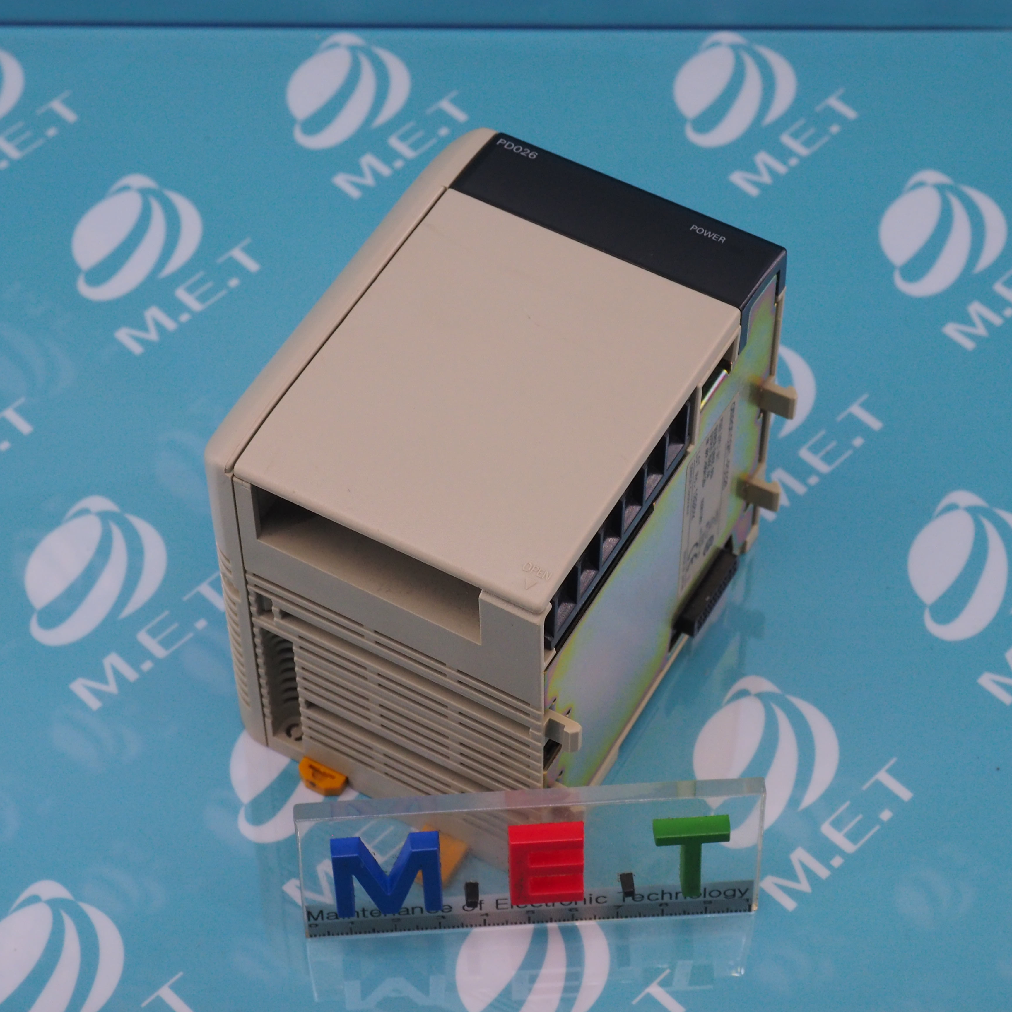 OMRON POWER SUPPLY UNIT CQM1-PD026